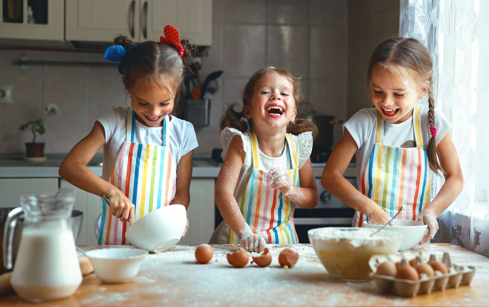 Kids in the Kitchen: Easy Recipes for Children!